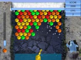 Schiet alle gekleurde bolletjes weg in Bubble Blast!