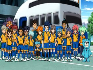 Speel als aanvoerder van dit voetbalteam.