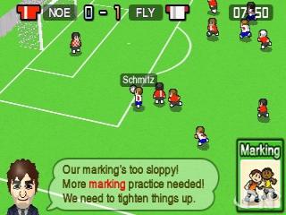 Tijdens matches verdien je kaarten waarmee je je spelers kan trainen.