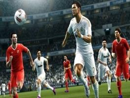 Zo ziet Ronaldo eruit! Althans, als hij niet in de rust even naar de kapper is geweest...