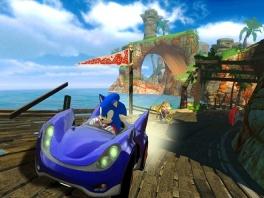 Veel All-Stars stappen in hun Raceauto's, maar de echte ster is toch wel Sonic the Hedgehog!
