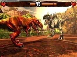 Kies zelf hoe je je tegenstander verslaat. Val je hem aan of ga je hem uit de arena duwen?