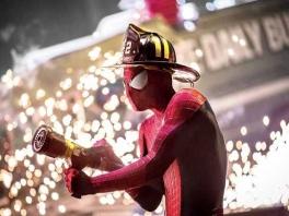Ook Spiderman heeft een bijbaan...